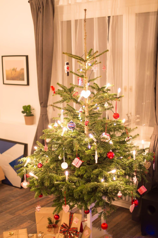 Weihnachtsbaum fotografieren: Die richtigen Einstellungen für deine Kamera