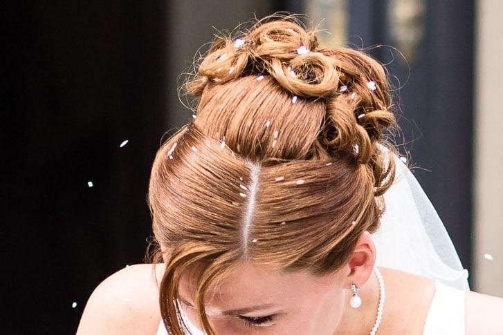 Reis im Haar – Unschön für die Braut