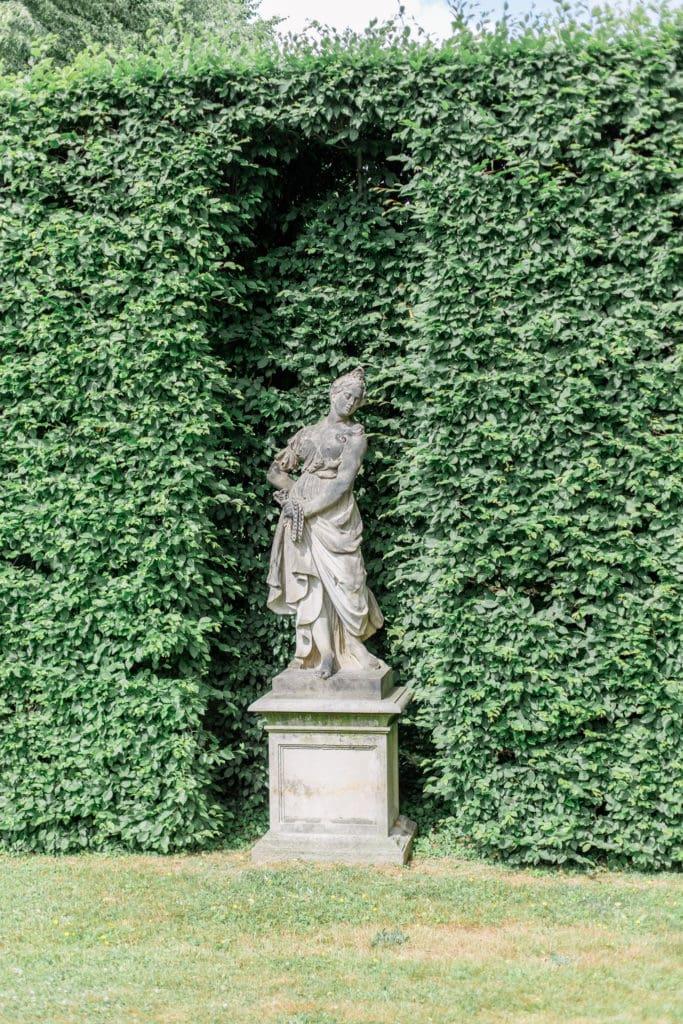 Statue im Barockgarten Großsedlitz in Sachsen