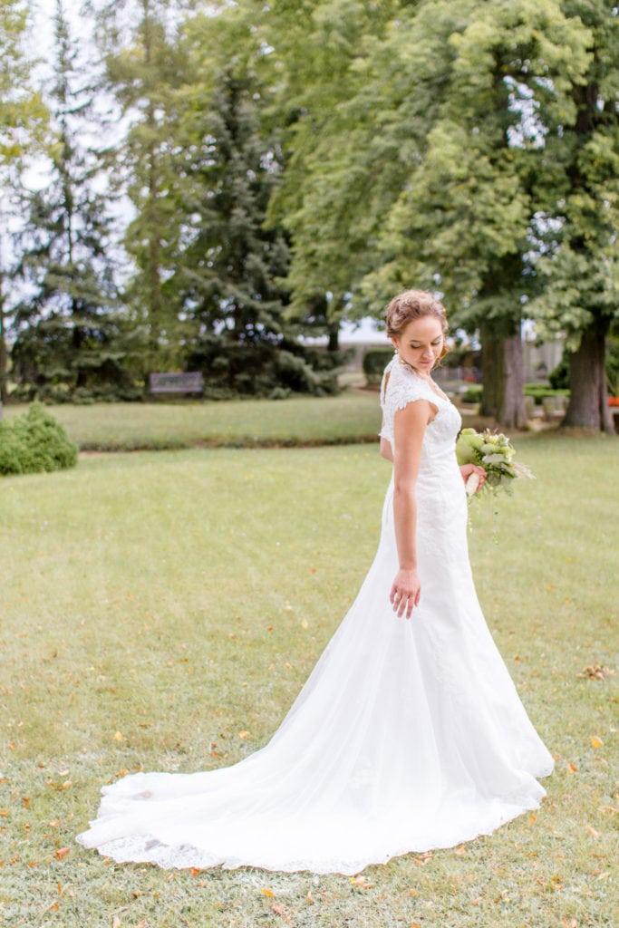 Braut im Park