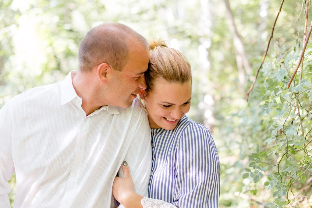 Verlobungsshooting auf dem Schöneberger Südgelände mit Cynthia und Basti in Berlin
