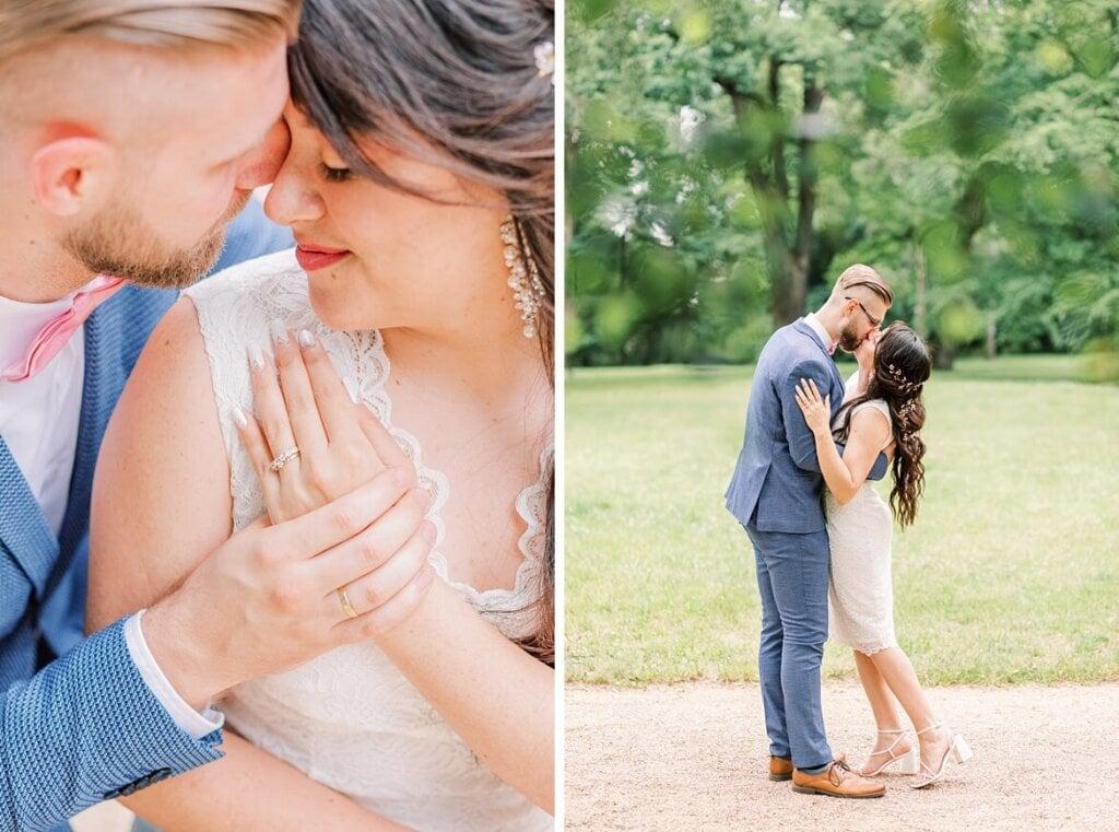 Brautpaar schmust und küsst sich