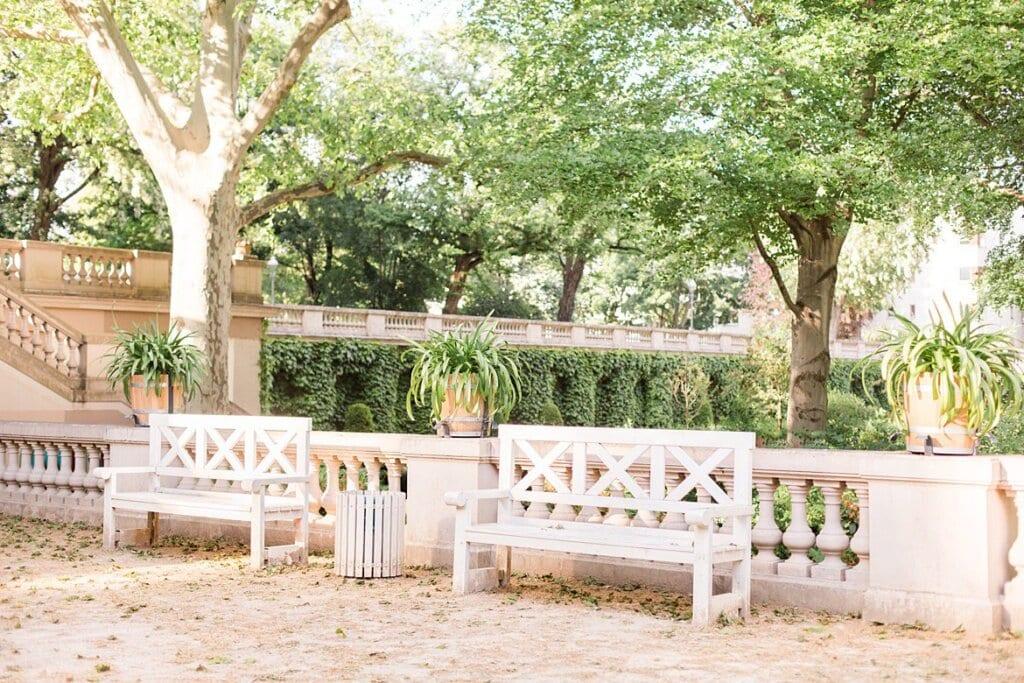 Parkbänke im Park