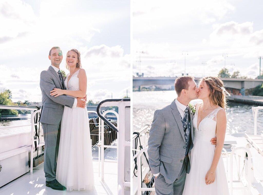 Brautpaar auf einem Boot