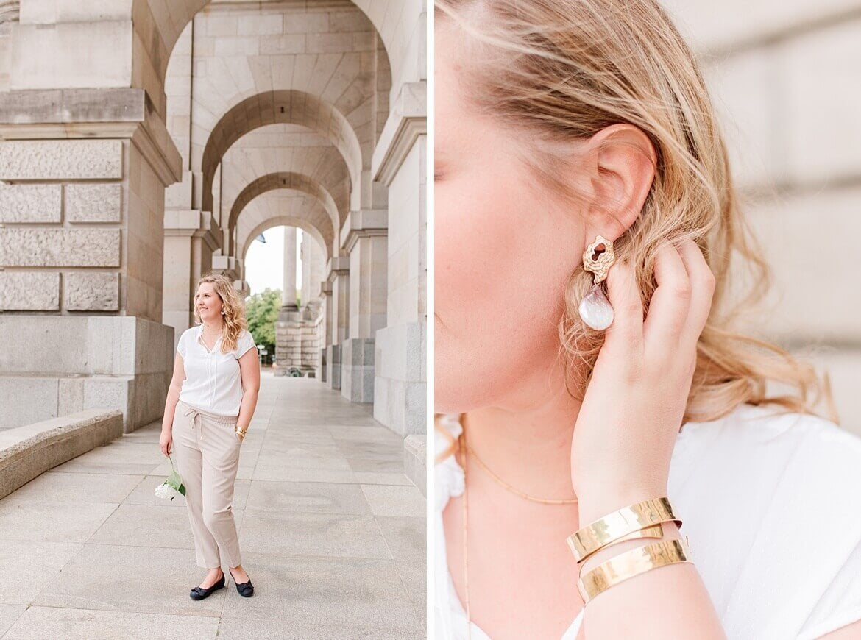 Frau mit blonden Haaren und Ohrringen