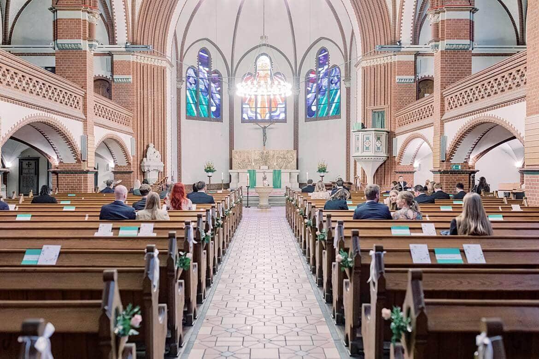 Innenaufnahme einer Kirche