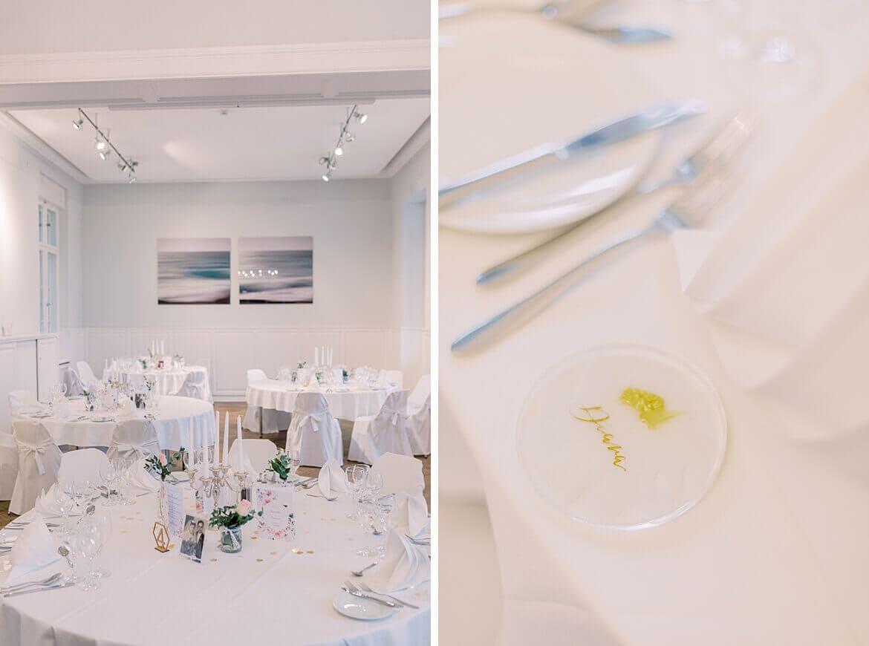 Tische und Dekoration im Gästehaus Blumenfisch