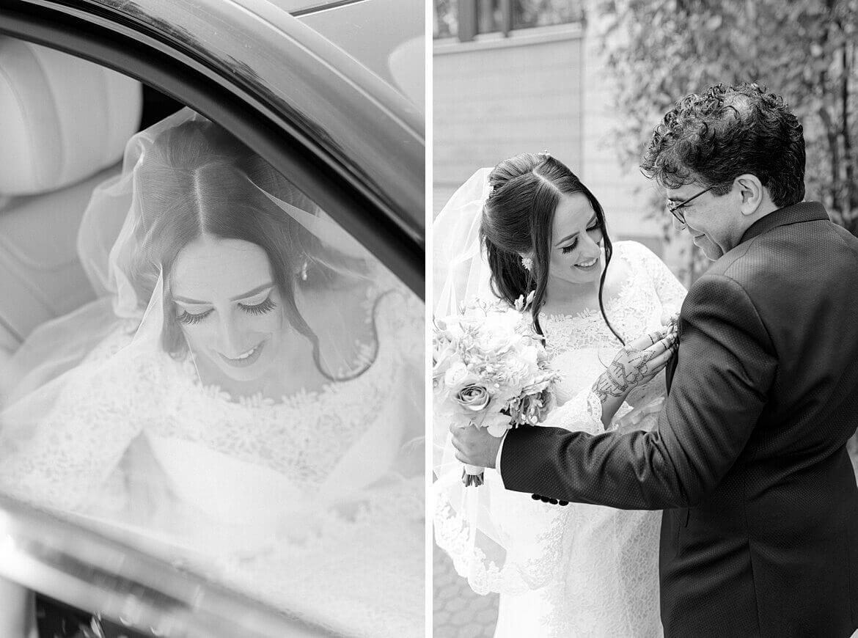 Braut steigt aus Auto und steckt Bräutigam den Anstecker an