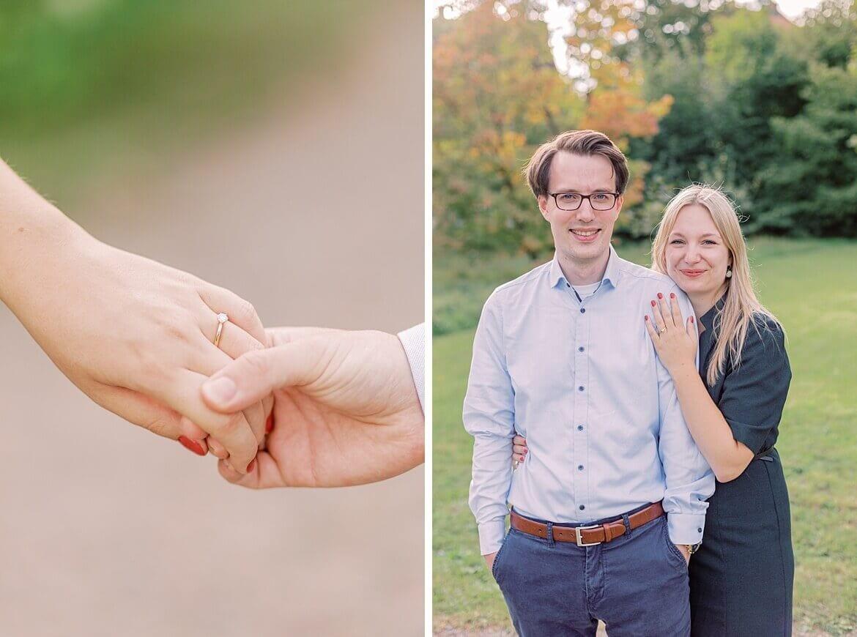 Hände und Paar im Park