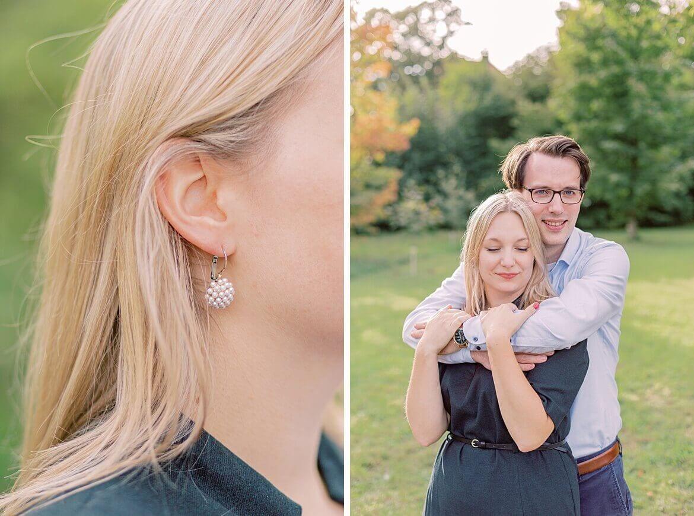 Paar im Park, Detail von Ohrringen