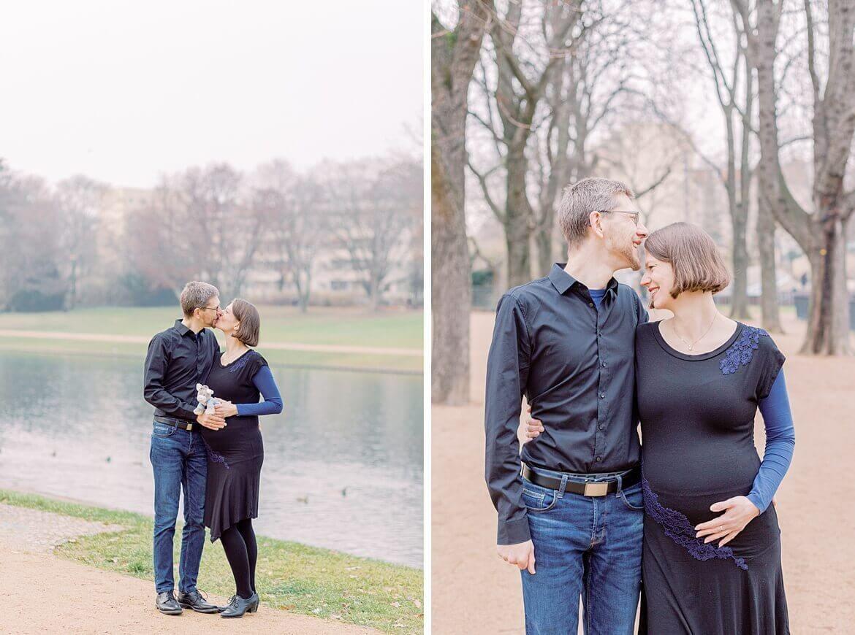 Schwangeres Ehepaar im Park und am See