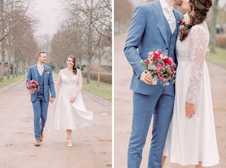 Brautpaar läuft und umarmt sich