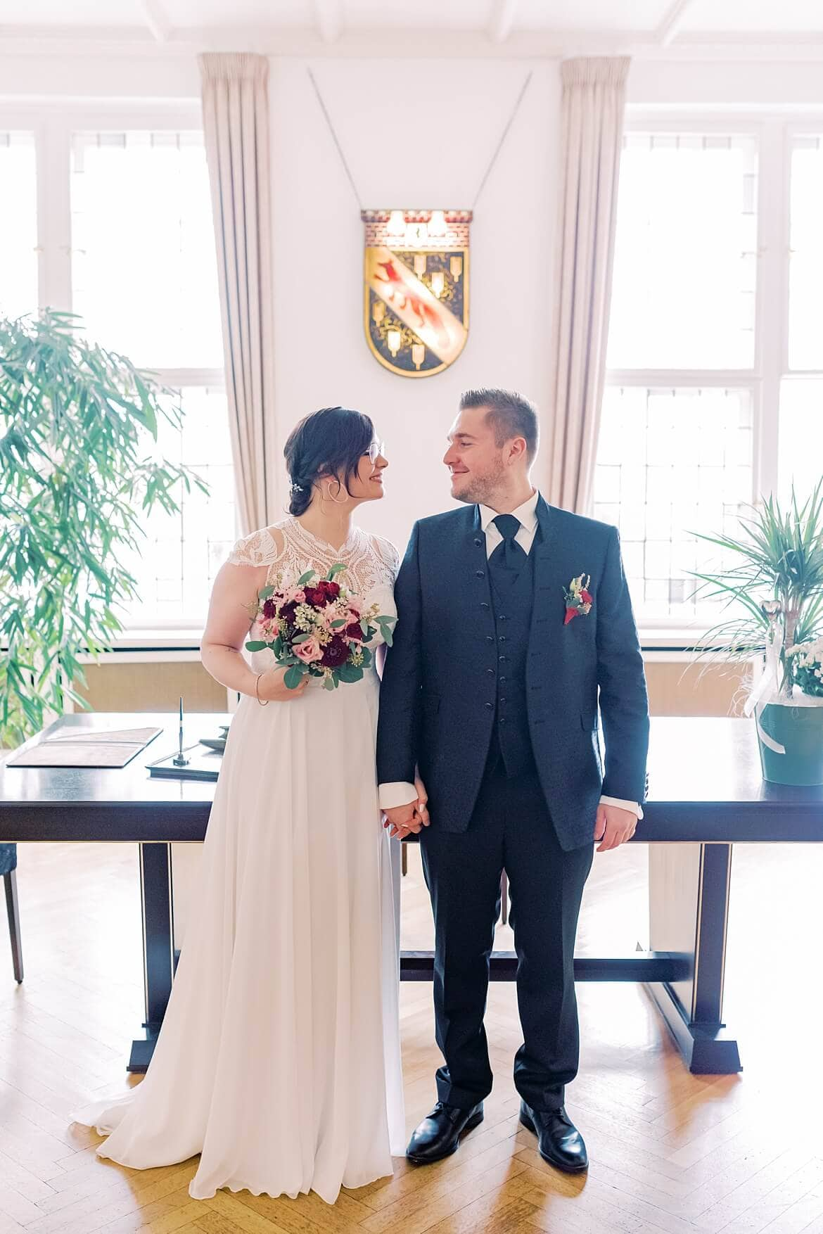 Brautpaar im Standesamt Berlin Reinickendorf