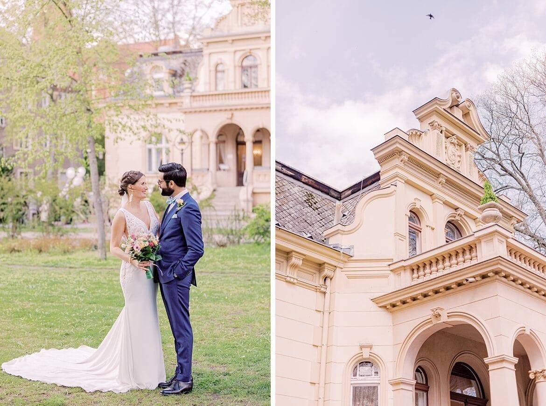 Brautpaar vor der Hochzeitsvilla Zehlendorf in Berlin