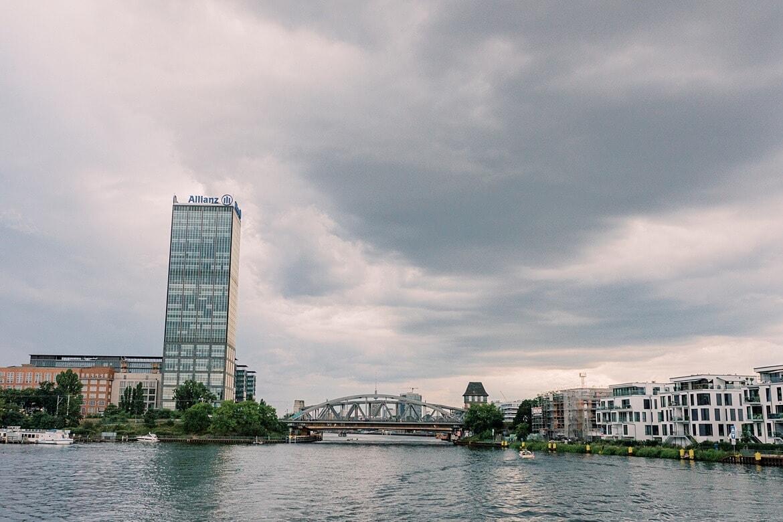 Skyline Berlin vom Wasser aus