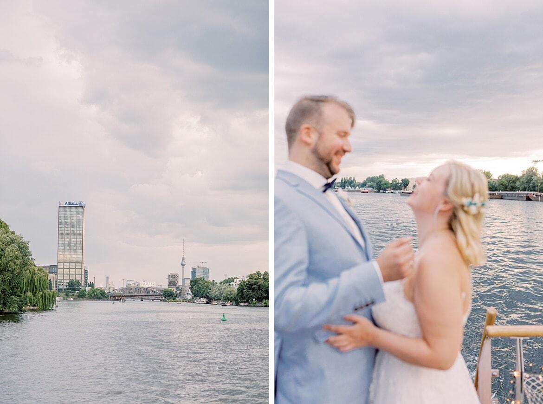 Brautpaar auf dem Hauptstadtfloß